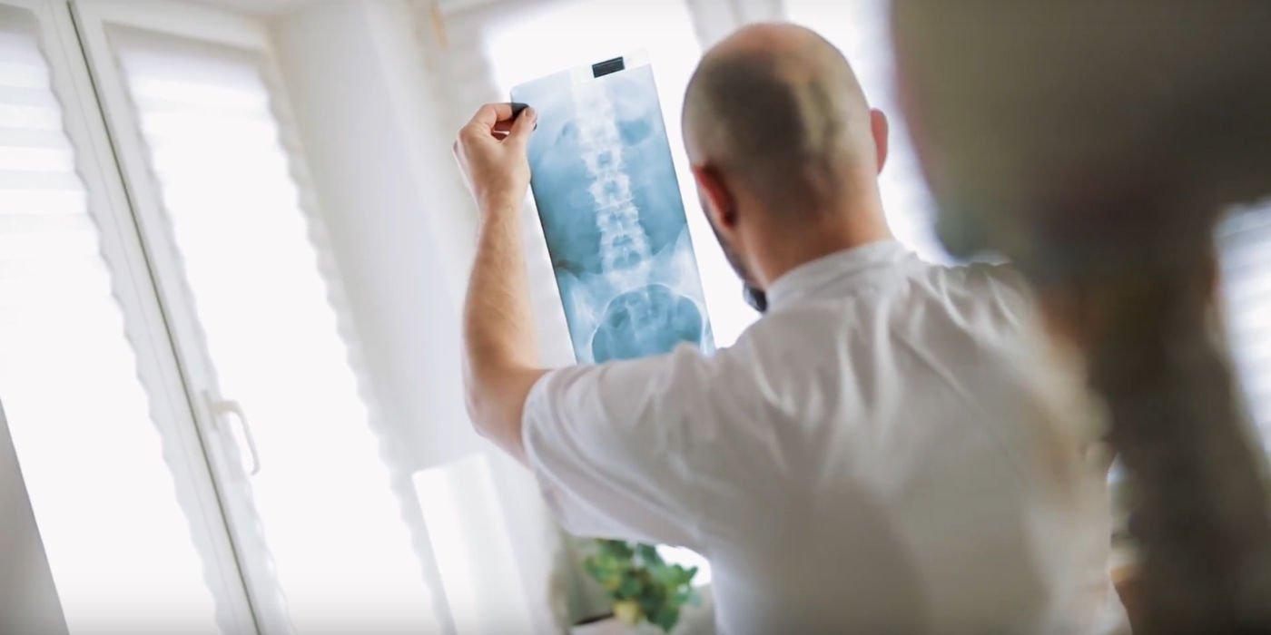 upadek-kontuzja-osteoporaza