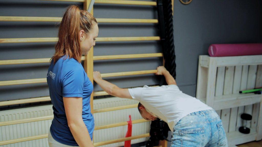 stretching dynamiczny statyczny
